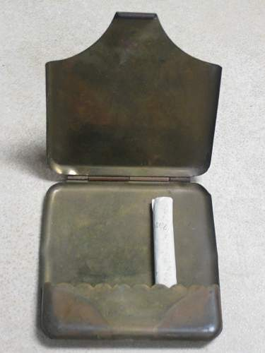 Click image for larger version.  Name:open cig case.JPG Views:2045 Size:158.7 KB ID:189895