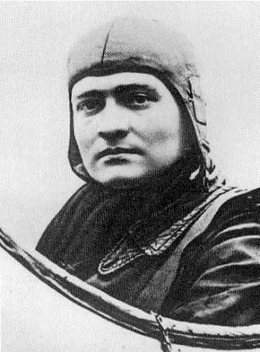 Could this be Von Richthofen in this photo??