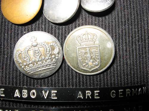 WWI buttons ID help please