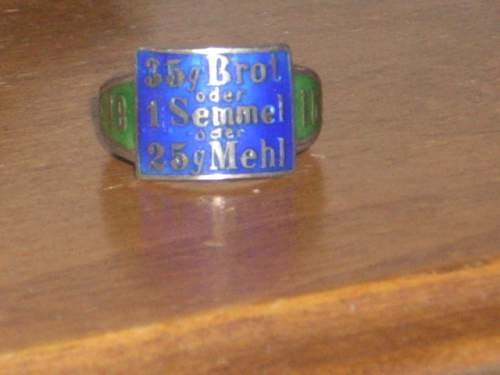 Help W/Meaning of WW1 german ring...