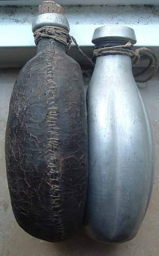 2x Different WW1 Feldflaschen