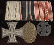 Name:  220px-22._Bay._Inf._Rgt._RegimentsehrenkreuzJS[1].jpg Views: 169 Size:  11.3 KB