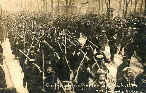 Click image for larger version.  Name:berlin 1919 D.jpg Views:219 Size:58.7 KB ID:402891
