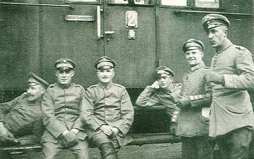 Uniforms used by German Infanterie Regiment 463