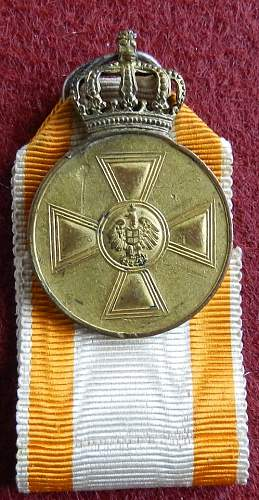 Click image for larger version.  Name:5A. medallion.jpg Views:100 Size:93.9 KB ID:625293