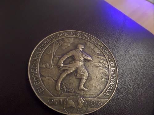 Finnish Jager 27 Regt Table Medal