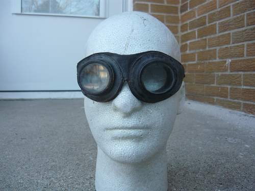 Early war German Pilots goggles or Motorcycle?