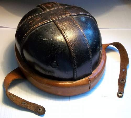 German Pilot's or Tank's helmet WW1 ?