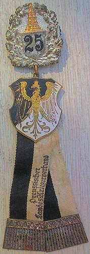 Preussischer Landes - Kriegerverband abzeichen x 2