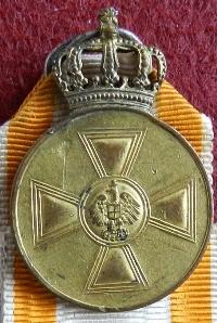 Name:  8.Red Eagle medallion.JPG Views: 719 Size:  72.5 KB