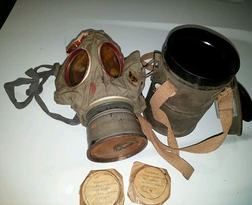 Nice Early Gasmask + Late Can + Mail Home ID New Find