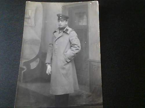 Help with Uniform/Branch of Service Please!