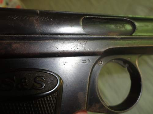 1913 German Oficcers Pistol Canadian Bring Back with papers