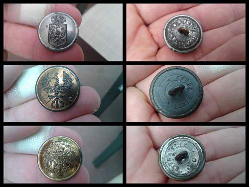 WW1 German Navy Buttons ??
