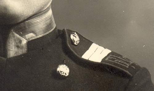 Russian Uniform – Identification and Age?