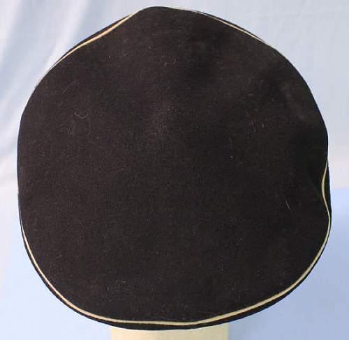 WW1 Russian Navy Officer's peaked/visor cap - 100% original WW1 ?
