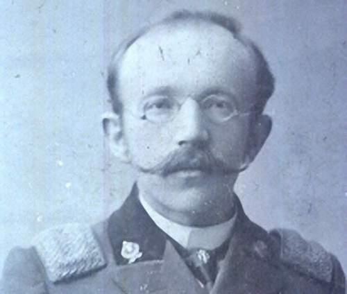 Identification of uniform
