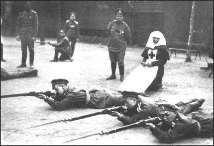 Women in the Imperial and White army
