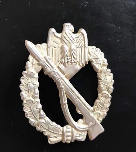 Infanterie Sturmabzeichen hollow version
