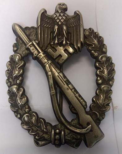 New acquisition hollow unmarked Infanterie Sturmabzeichen