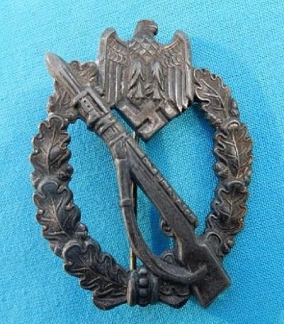 Infanterie Sturmabzeichen, maker?