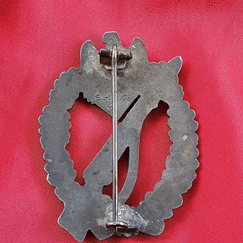 Infanterie Sturmabzeichen original or copy?