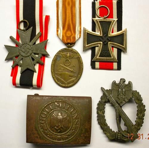 Beginning Collection: Infanterie Sturmabzeichen, EK2, WestWall, KVK2, Buckle