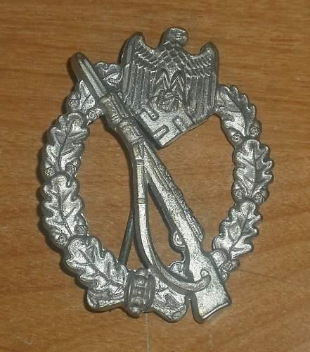 """Silver Infanterie Sturmabzeichen MARKED """"4""""."""