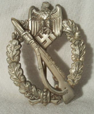 Infanterie Sturmabzeichen in silver,stamped construction