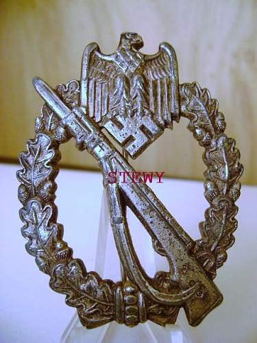Infanterie Sturmabzeichen - Unknown Maker (To me at least)