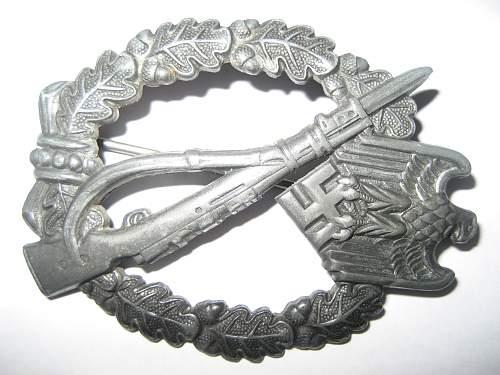 Infanterie Sturmabzeichen & Allgemeine Sturmabzeichen: any opinions?