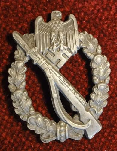 Is this a genuine Assman Infanteriesturmabzeichen?