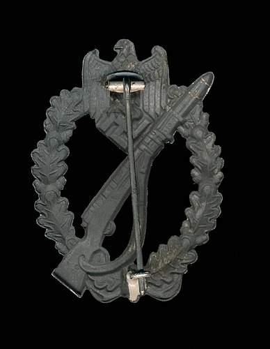 Infanteriesturmabzeichen fake?