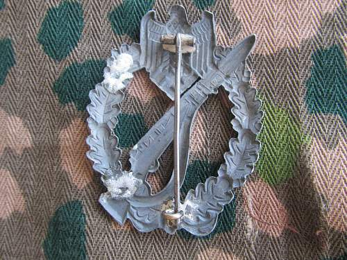Repaired, Hollowback Infanterie Sturmabzeichen