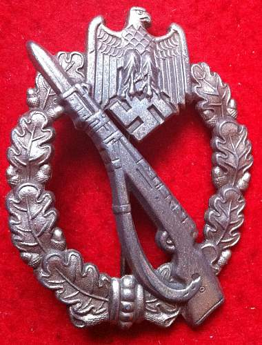 Infanterie Sturmabzeichen in Silber - hollow unmarked