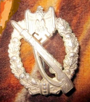 Name:  german-ww2-infantry-silver-badge-3rd-reich-0b4e.jpg Views: 273 Size:  56.0 KB