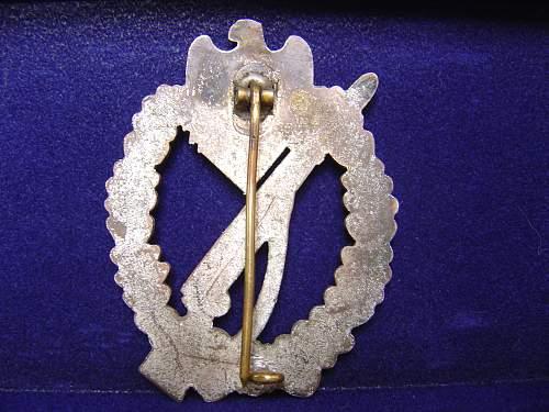 My first Infanterie Strumbzeichen