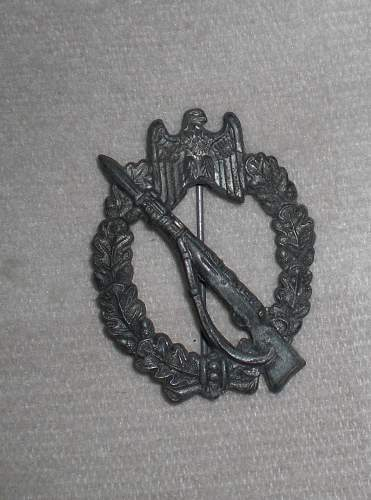 Infanterie Sturmabzeichen FAKE ?