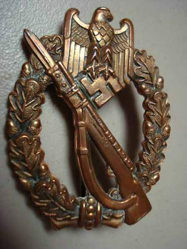 Infanterie Sturm Abzeichen ?