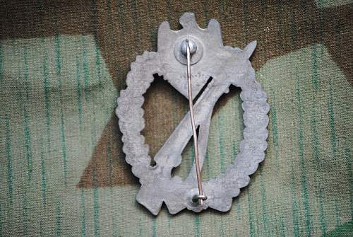 Click image for larger version.  Name:robs militaria 002.jpg Views:84 Size:354.0 KB ID:726193