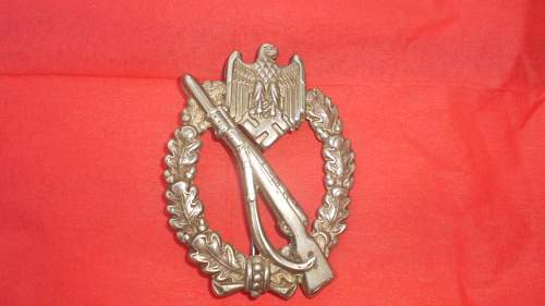 Infanterie Sturmabzeichen for opinons