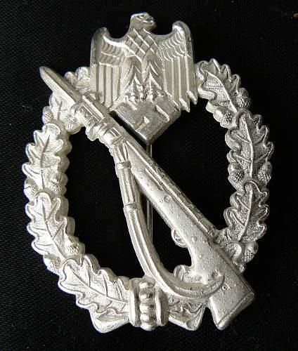 Infanterie Sturmabzeichen in Silber, MK in Triangle
