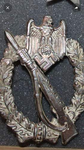 IAB Infanterie Sturmabzeichen (2) - Opinions needed