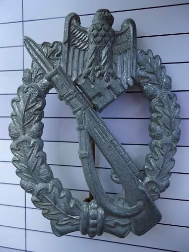 Infanterie Sturm Abzeichen 4 Rivet