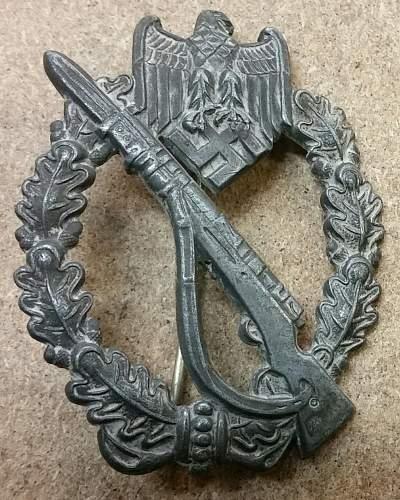 Infanterie-Sturmabzeichen  Genuine ??