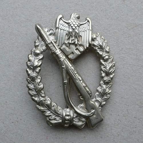 Infanterie Sturmabzeichen in Silber by Junker