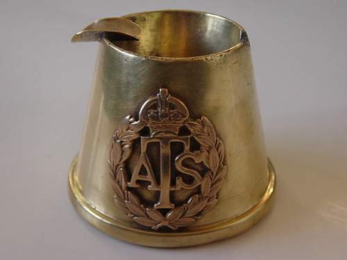 ATS presentation silver ash tray