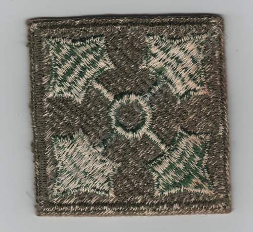 U.S. 4th Infantry division (Ivy) - Shoulder Sleeve Insignia.