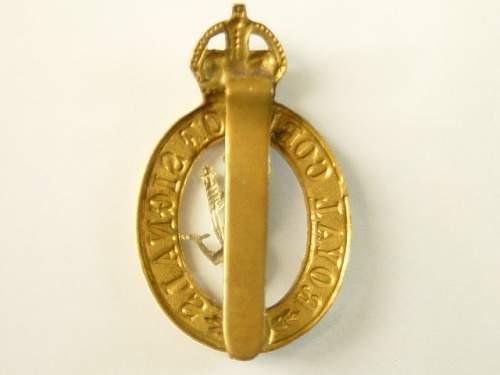 Click image for larger version.  Name:Royal SigalsCap badge reverse..jpg Views:106 Size:134.1 KB ID:28337