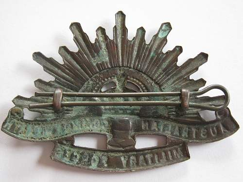 Click image for larger version.  Name:aussy cap badge 003.jpg Views:218 Size:250.6 KB ID:313998